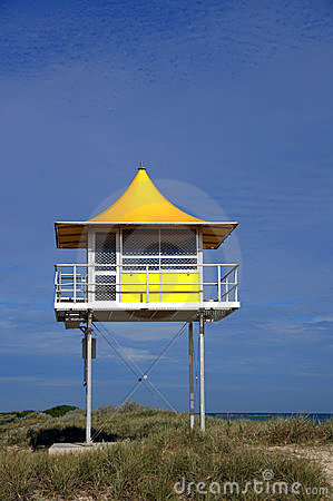 Surf lifesaving tower