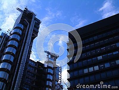 Surreales Gebäude