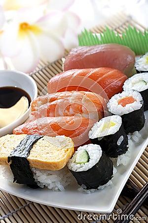 Free Sushi Royalty Free Stock Image - 11834906