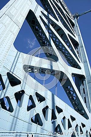 Suspension Pillar
