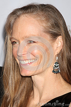 Suzy Amis Editorial Image