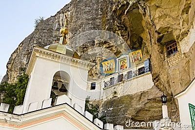 Svyato-Uspensky cave monastery