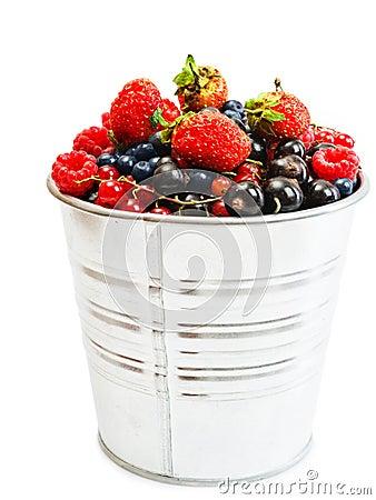 Free Sweet Berries In Bucket Royalty Free Stock Images - 32655139