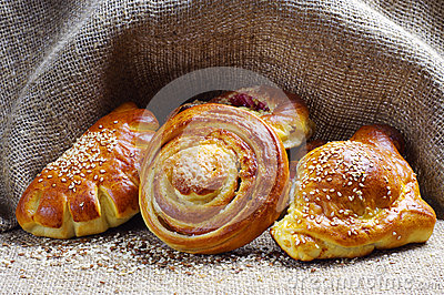 Sweet bread roll