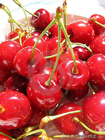 Free Sweet Cherry Royalty Free Stock Photos - 143988