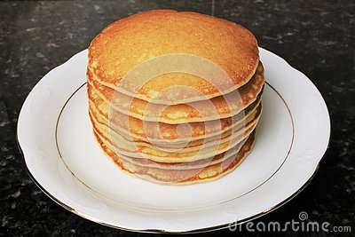 Sweet pancakes for breakfasts, snacks and as a dessert