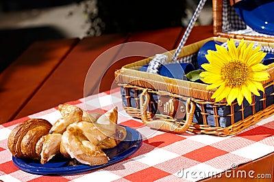 Sweet vintage picnic