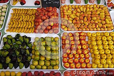 Sweets made like fruit
