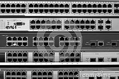 Switch Ethernet. RJ45 connectors.