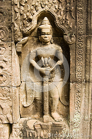 Sword Carrying Statue, Ta Som, Angkor