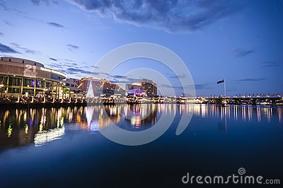 Sydney cbd darling harbour -december 23,2010 night scape with ni Editorial Photography