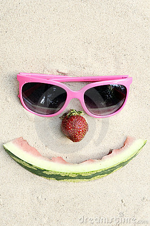 Symbolisches glückliches Sommergesicht