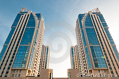 Symmetrical house towers