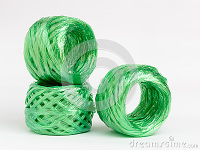 Synthetic raffia rolls