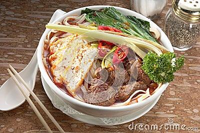 Szechuan beef noodle