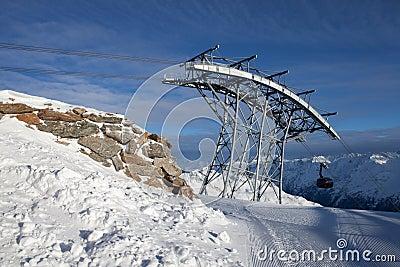 Téléphérique dans les alpes