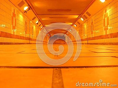 Túnel subterrâneo