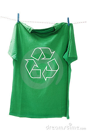 T-shirt with the recycle symbol