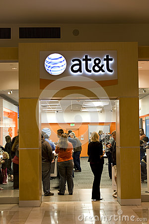 At&t store filled with customers Editorial Stock Image
