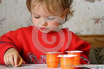 äta yoghurt
