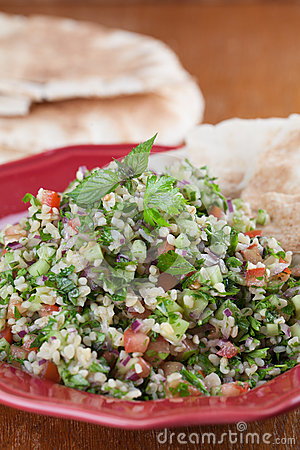 Free Tabbouleh With Pita Bread Stock Photography - 34445952