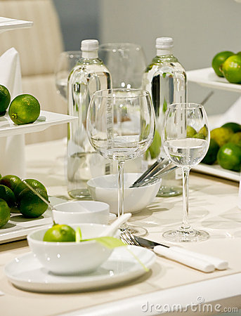 Table decoration with lime