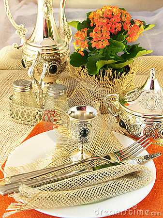 Table layout by a table silver
