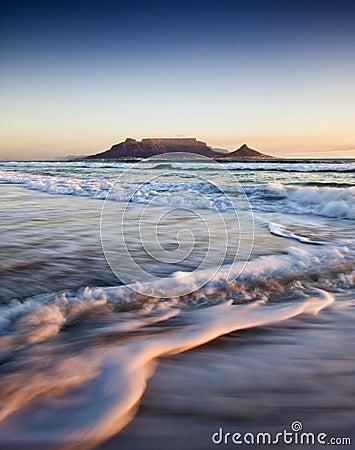Free Table Mountain At Sunset Stock Photos - 15114123