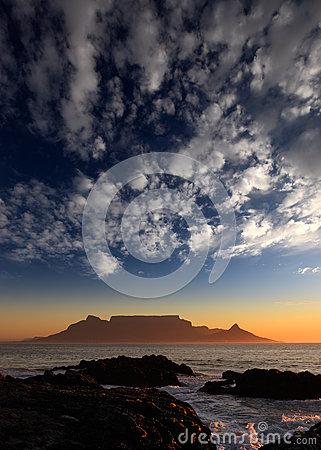 Free Table Mountain With Clouds, Cape Town, South Africa Stock Images - 29276204