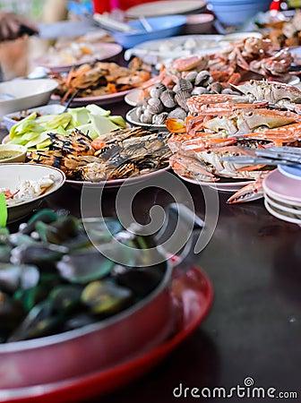 Free Table Of Sea Food Stock Image - 32651441