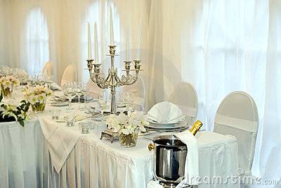 Table Set For A Wedding Dinner Royalty Free Stock Images - Image: 4228269