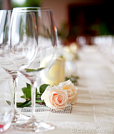 Free Table Setting At A Restaurant. Royalty Free Stock Images - 20460079