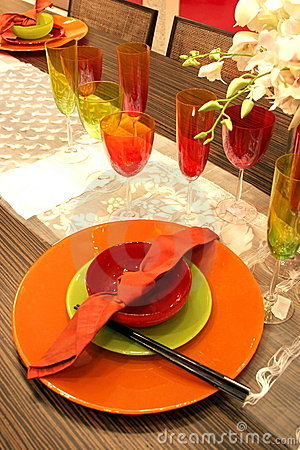 Free Table Setting - Home Interiors Royalty Free Stock Image - 615536