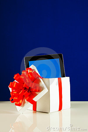 Free Tablet PC In A Gift Box Royalty Free Stock Images - 22741329