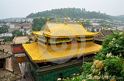 Taer Temple golden top