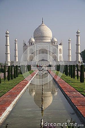 Taj Mahal Agra - front view with fountain