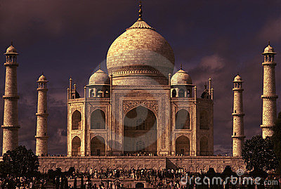 Taj mahal dramatic lighting