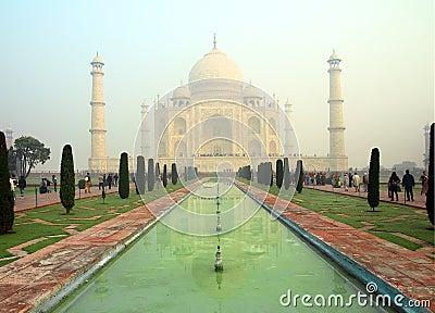 Taj Mahal - famous mausoleum Editorial Photography