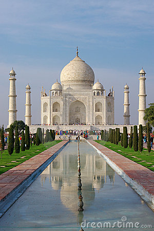 Free Taj Mahal In Evening Light Royalty Free Stock Image - 1412276