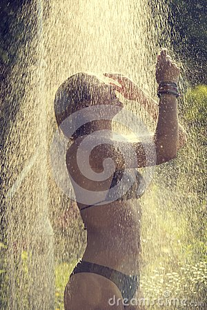 Free Taking A Shower Stock Photo - 70155500