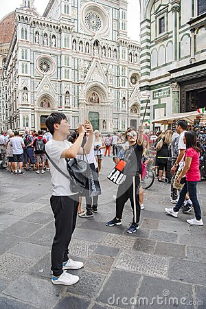 Free Taking Selfies In Front Of Cathedral Florence Stock Photo - 108450090