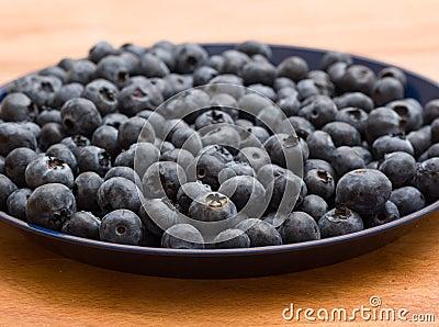 Talerz czarne jagody