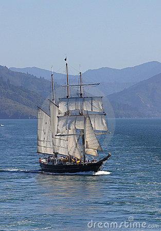 Free Tall Sailing Ship Royalty Free Stock Photo - 485945