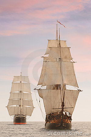 Free Tall Ships Front View Royalty Free Stock Images - 3753289