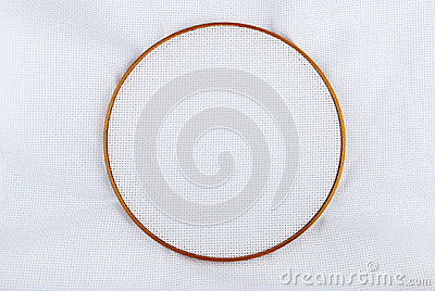 Tambour with linen