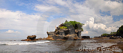 Tanah Lot Temple Panorama, Bali Indonesia