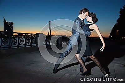 Tango in the night city