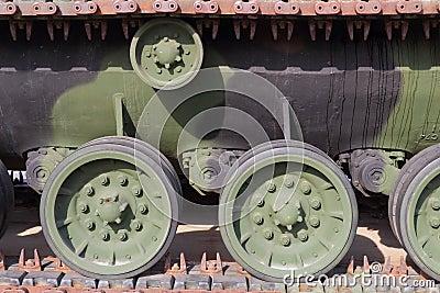 Tank track drive wheels