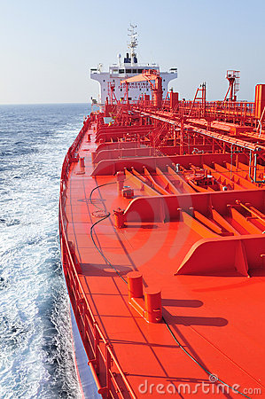 Free Tanker Crude Oil Carrier Ship Royalty Free Stock Images - 8211789