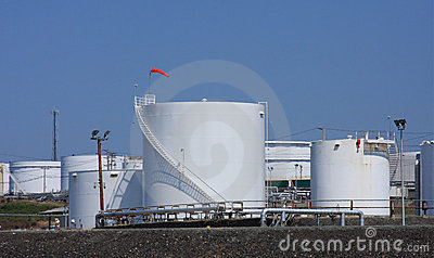 Tanque de armazenamento da refinaria de petróleo